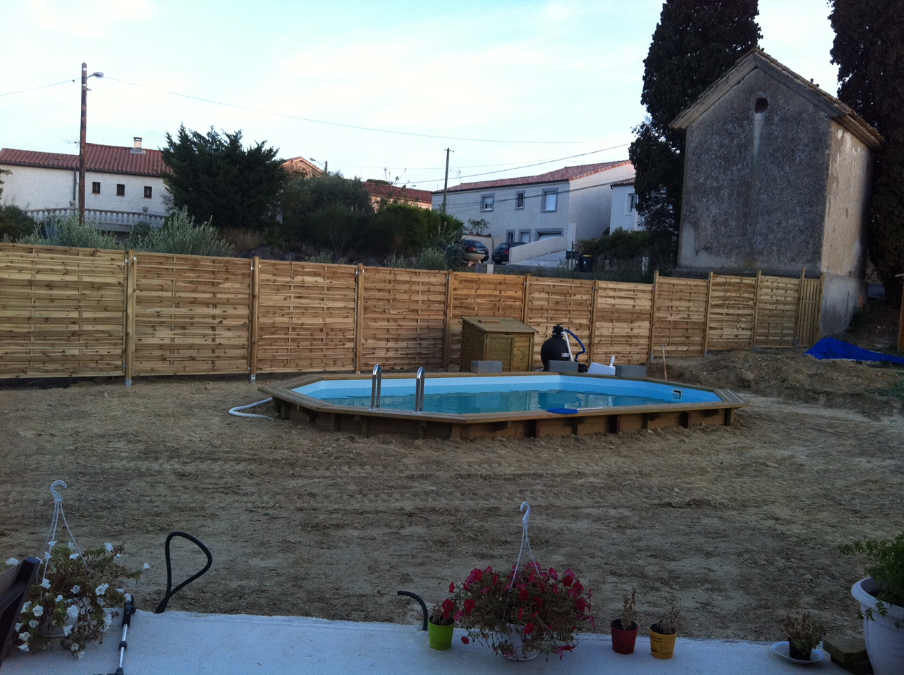 Piscine for Piscine bois semi enterree